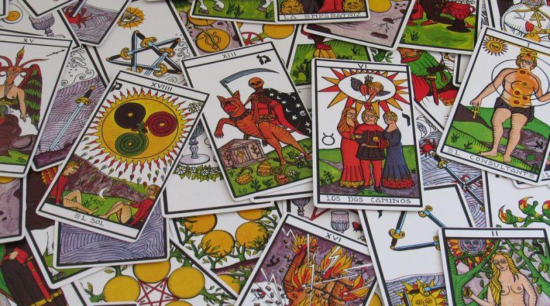 ¿Cómo elegir la baraja de tarot adecuada?